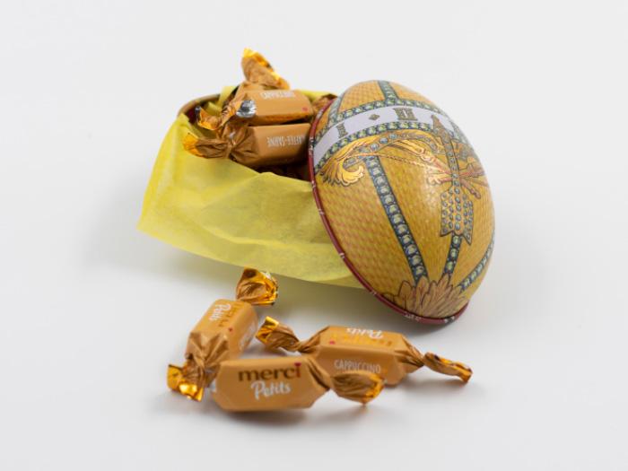 Skicka påskägg med choklad: Regal Guldgul