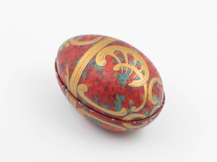 Påskägg i plåt: Fabergé Regal Rött Guld